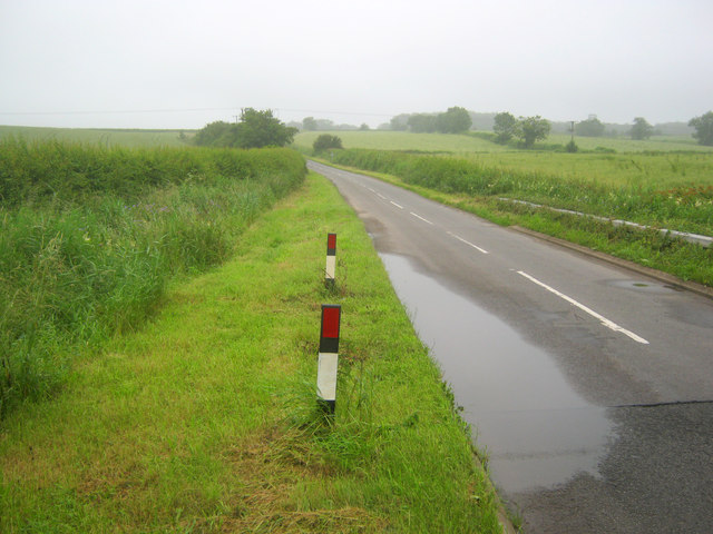 Kersall Road south of Laxton