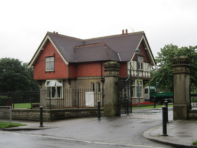 The Gatehouse at Queen's Park, Heywood