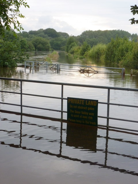 Bear Cross: a flooded Stour Valley Way