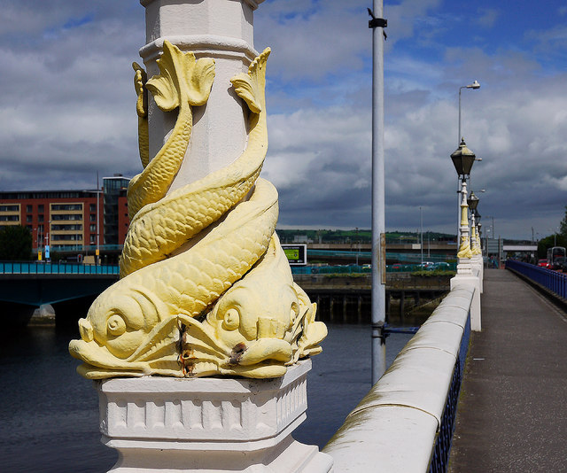 Lamppost, Queen's Bridge, Belfast