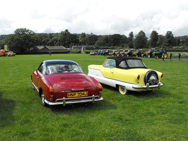Vintage vehicle rally at Coed y Dinas