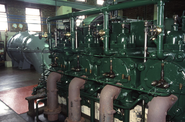 Lade Bank Pumping Station - diesel engine