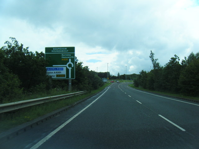 A628 approaching Beamshaw Roundabout