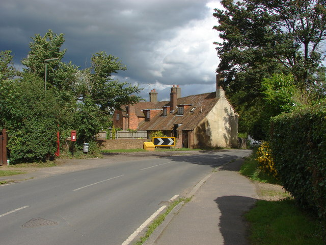 Cottages, Puttenham