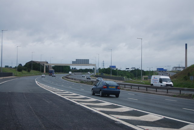 Joining the M62, Junction 33