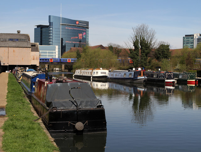 Moorings at Brentford Basin