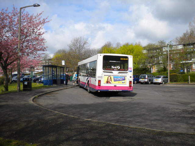 Bus loading at Hall Park Head