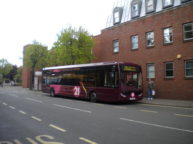 Bus on Wharncliffe Road, Ilkeston (2)