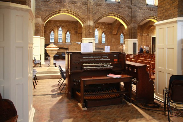 St John the Evangelist, Dysons Road - Organ