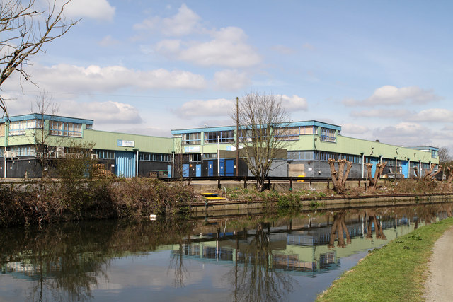 River Brent Business Park
