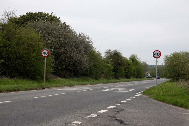 The A329 to Wallingford