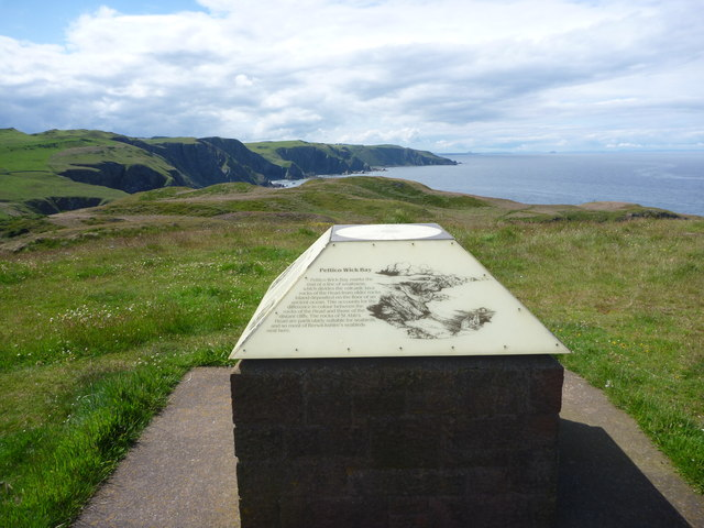 Coastal Berwickshire : The Viewpoint at St Abb's Head