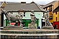 R3377 : Ennis - Market Place - Farmers' Market - Monument by Joseph Mischyshyn