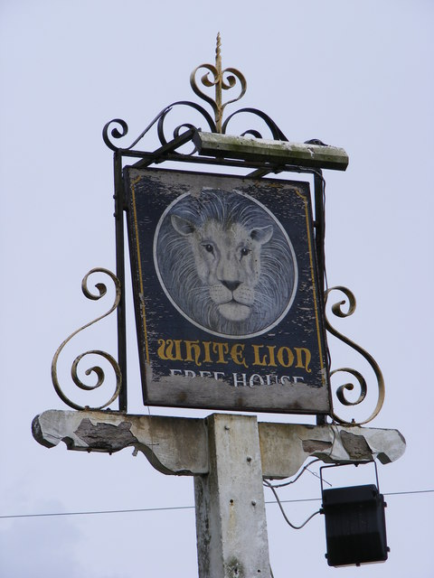 White Lion Public House sign