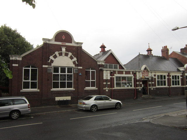 The West End Institute and Club, Cudworth