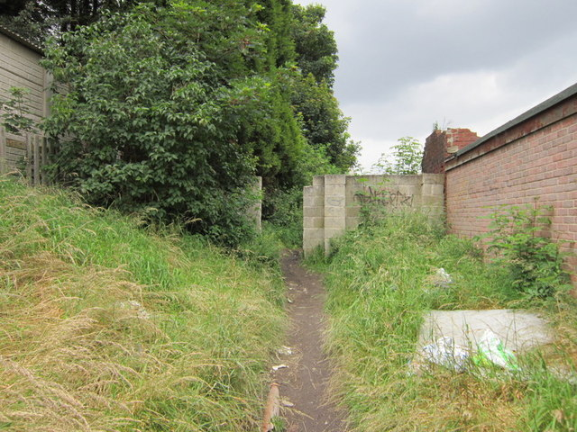 Walking towards Eveline Street, Cudworth
