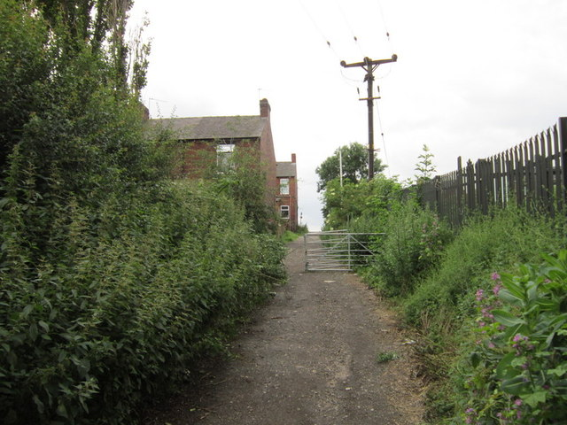 Walking towards Snydale Road, Cudworth