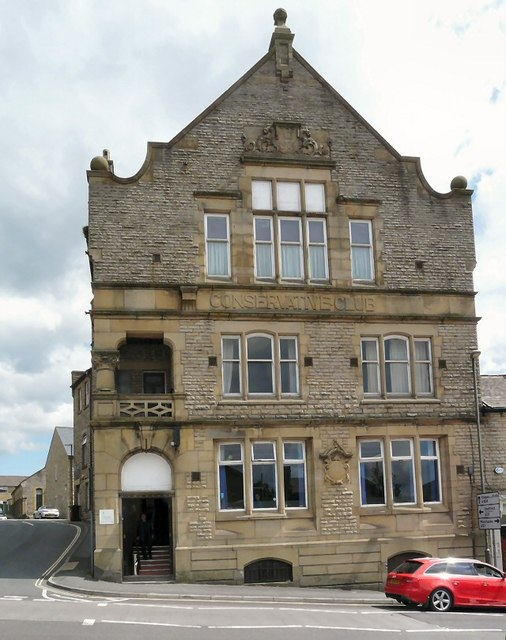 Glossop Conservative Club