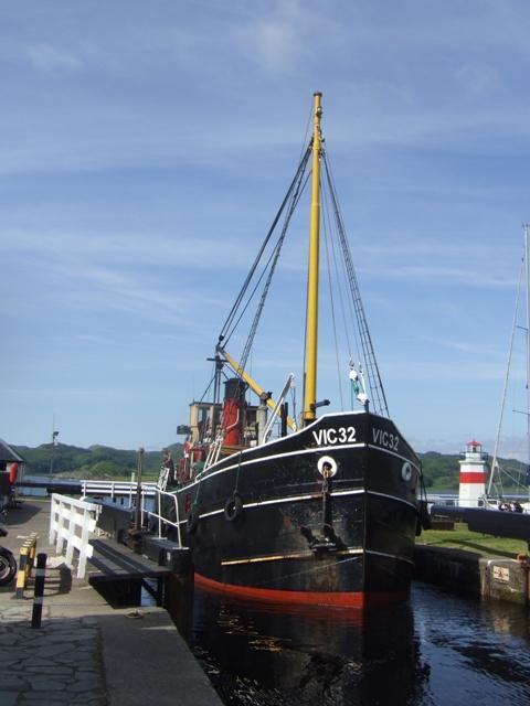 Crinan Canal - Puffer VIC 32 passing through Lock 15