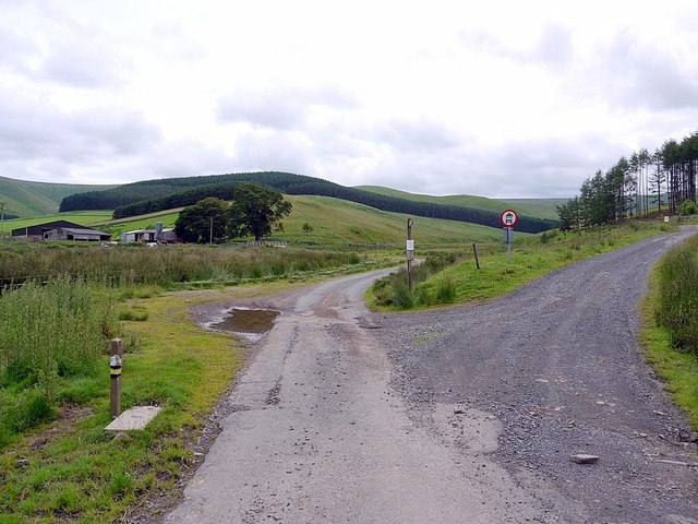 Track junction near Cocklawfoot
