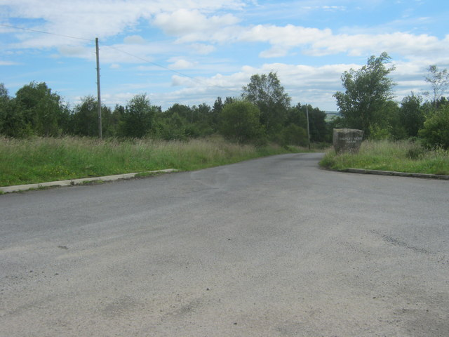 Entrance drive to Shipley Moss Farm off Howlea Lane