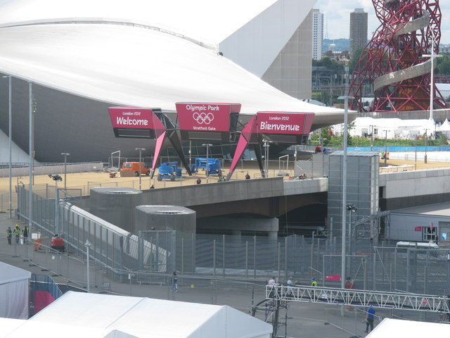 Stratford Gate to Olympic Park