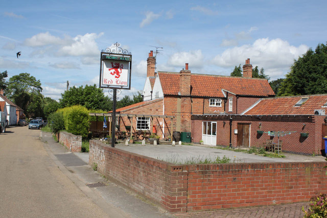 The Red Lion at South Clifton