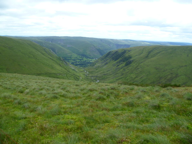 Descending Foel Hafod-fynydd