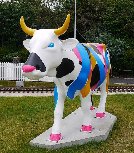 'CowParade' cow, Bangor