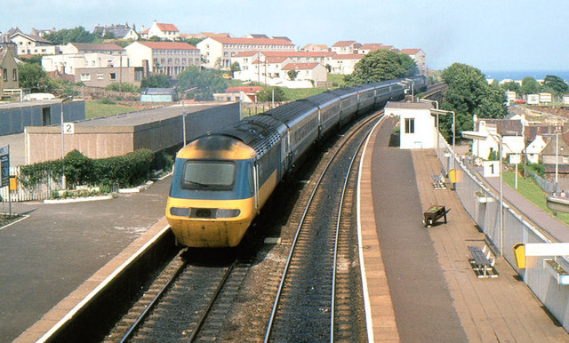 HST passing Kinghorn