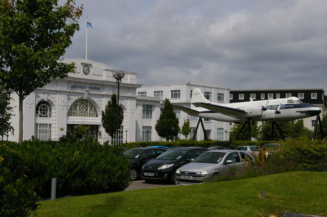 Croydon Airport: former terminal building