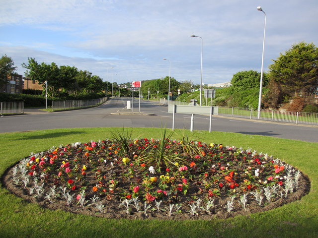 Floral roundabout
