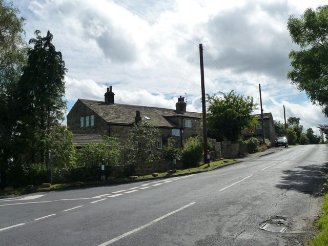 Houses at the junction, southern end of Wike