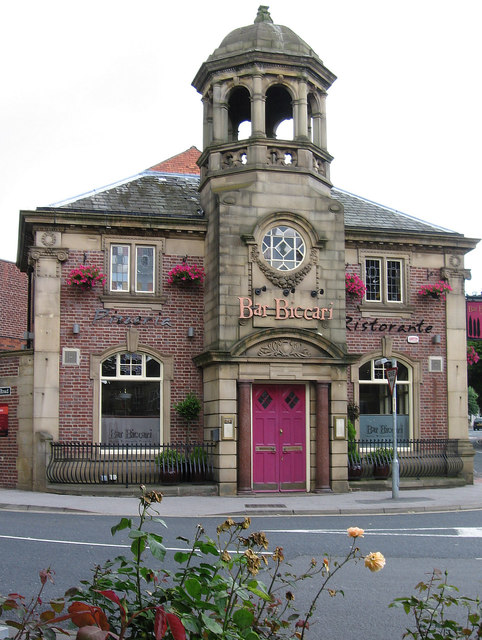 Horbury - former bank