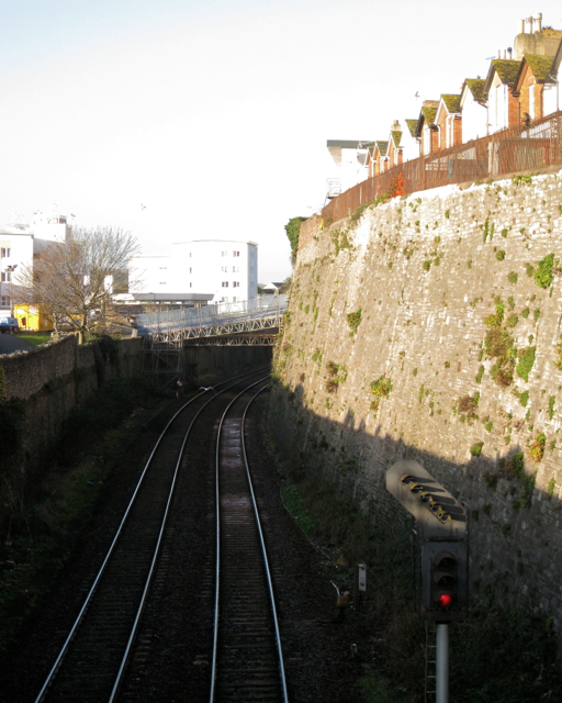 Railway west of Shute Hill bridge