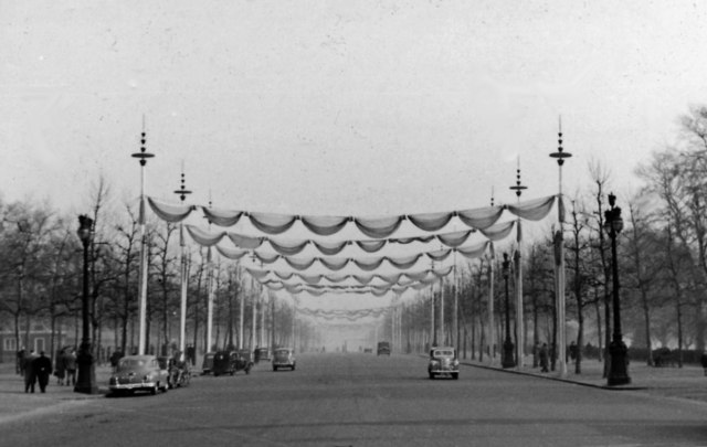 NE from Buckingham Palace down the Mall, decorated for the visit of the President of France, 1950