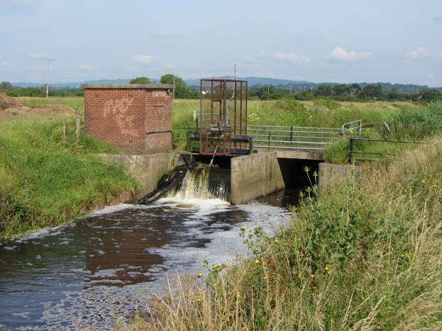 Sluice on Broadway Reen