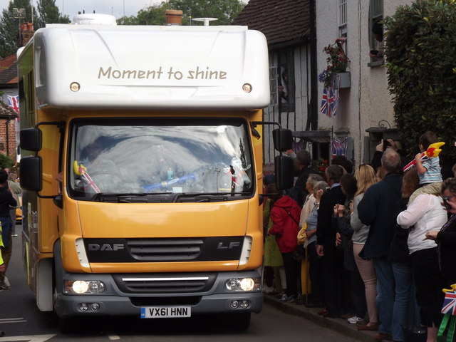 Moment to Shine in Shere