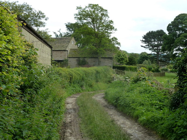 Track by farm buildings, Bubnell