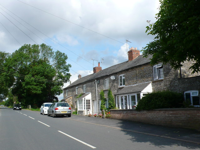 Houses on the Aston Cantlow Road