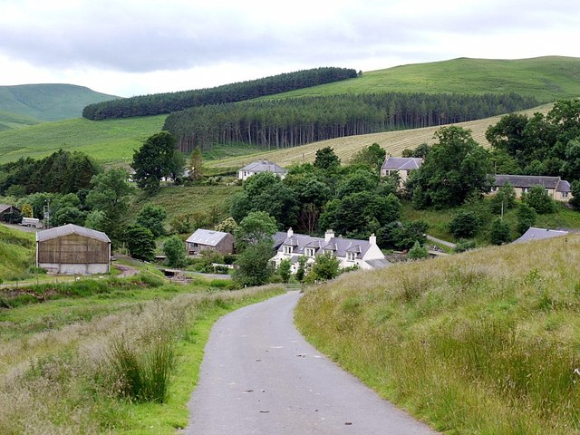 Road to Sourhope from the east