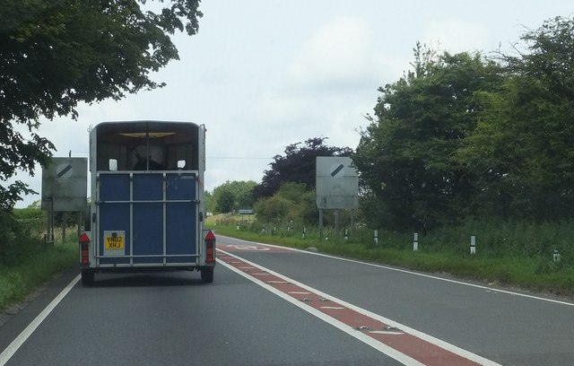 The A417 approaching the turning for Stockwell