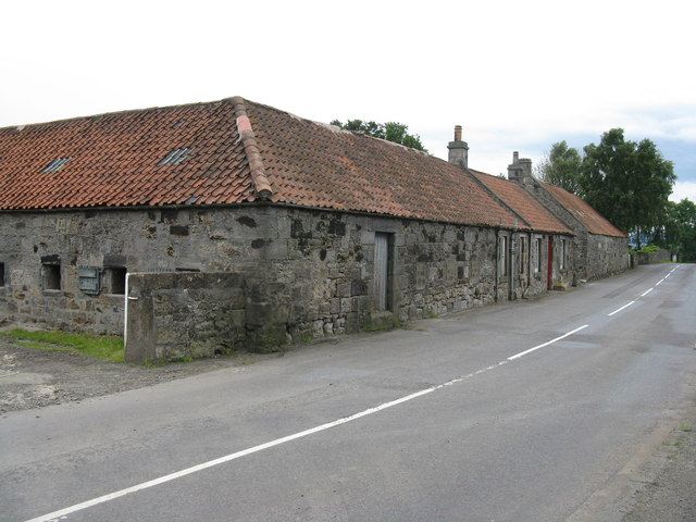 Farm buildings at Burnshot