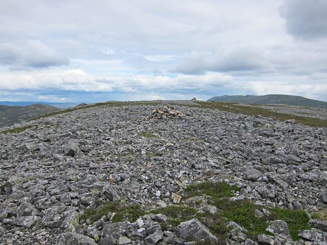 The stony top of Creag nan Gabhar