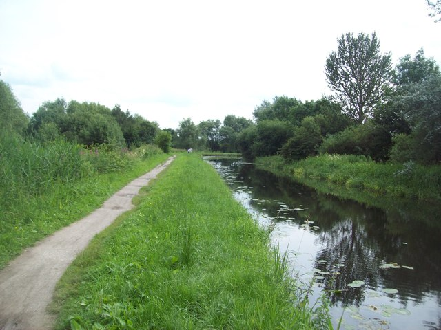 The Erewash Canal at Cotmanhay