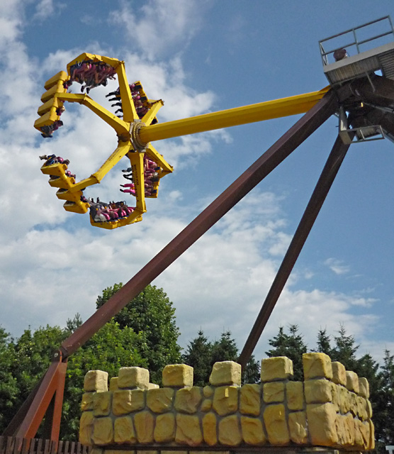 The Eagle's Claw, Lightwater Valley