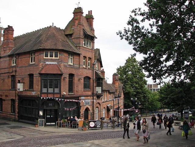 Castle Road and Mortimer House