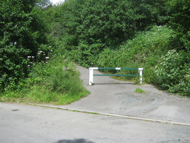 Gated lane off a A4059 layby
