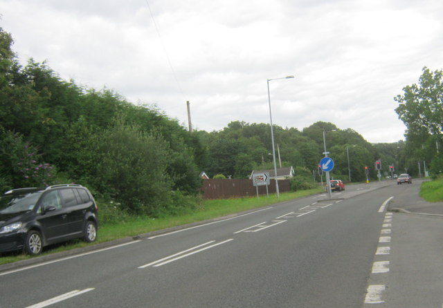 The A4067 north eastwards at Ystradgynlais