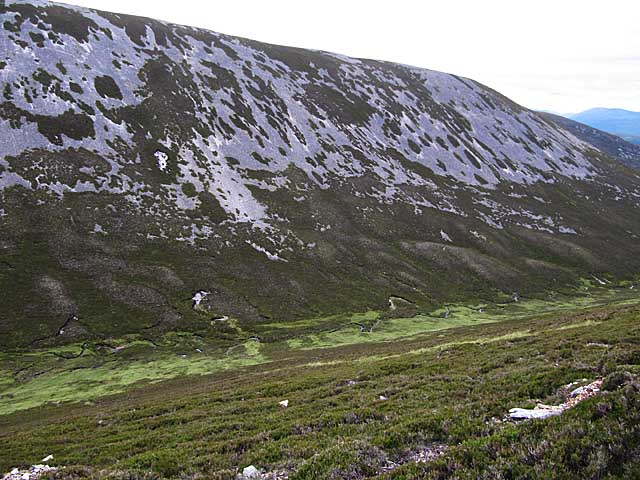 Scree slopes above Allt a' Mhòir Ghrianaich